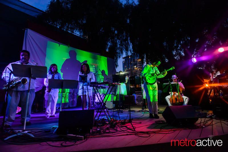Live Music Visuals | Eliot's Website